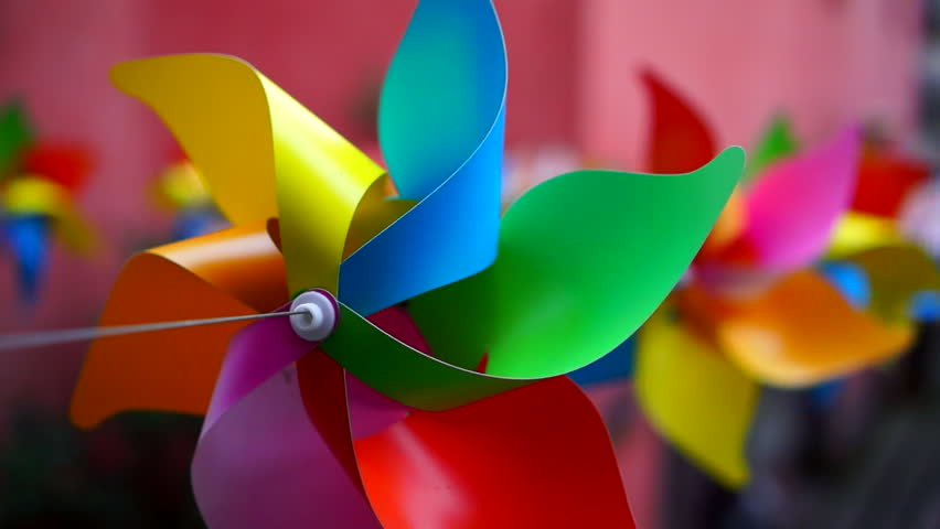 Pride Creative Workshops – Handheld Windmill Making- Tuesday 27th March.